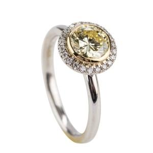 Noam Carver 14kt Gold Yellow Diamond Engagement Ring