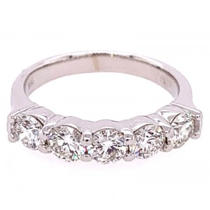 14kt White Gold Five-stone Shared-prong Diamond Band Ring