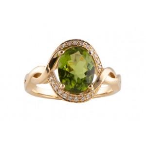 14kt Yellow Gold Peridot And Diamond Halo-style Ring
