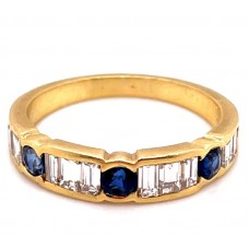 Estate 18kt Yellow Gold Sapphire And Diamond Band Ring