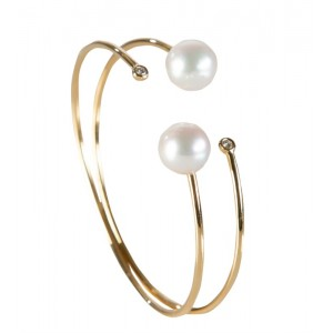 18kt Yellow Gold Pearl And Diamond Bangle Bracelet