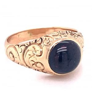 Estate 14kt Yellow Gold Victorian Garnet Ring